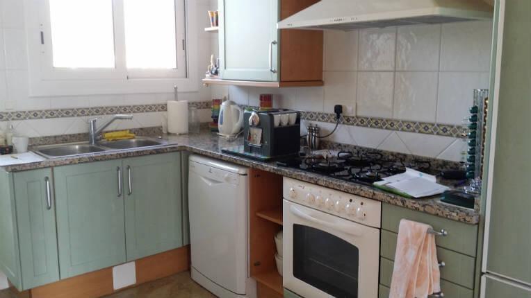 proyecto cocina en sitges blanco brillo