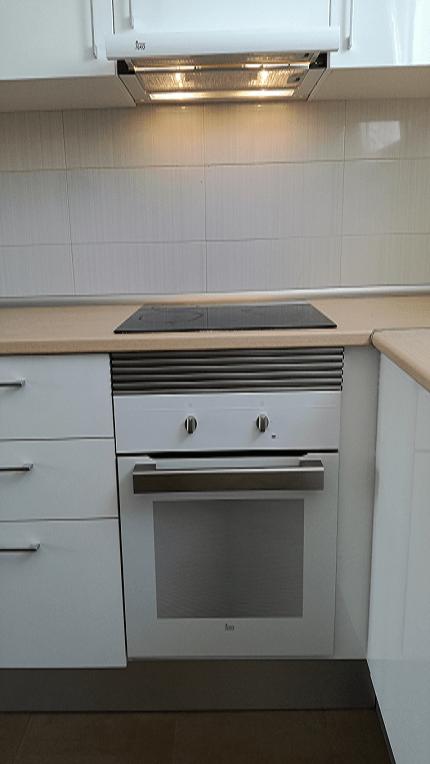 colaboarción con creu roja sitge sen piso de protección montaje cocina