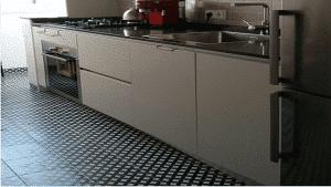 Cocina en casa de Mimi y Jaume en Barcelona